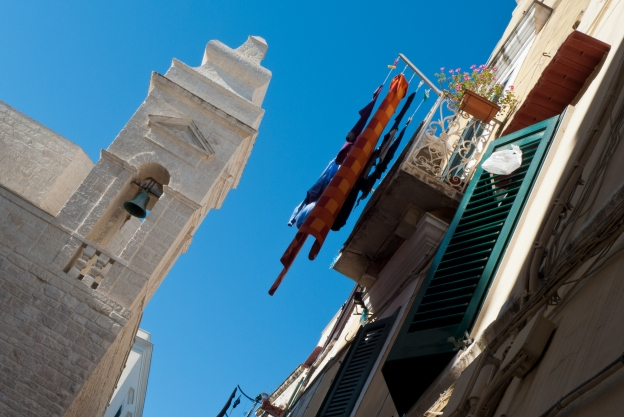 Puglia street scene