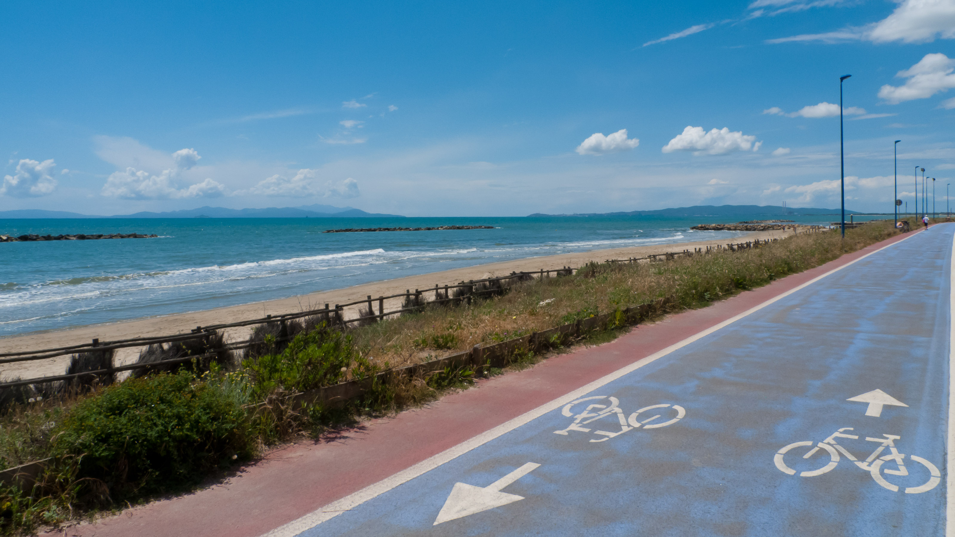 Seafront cycleway near Follonica