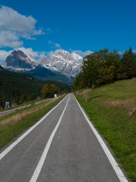 The Lunga Via delle Dolomiti between Cortina d'Ampezzo and Calalzo di Cadore