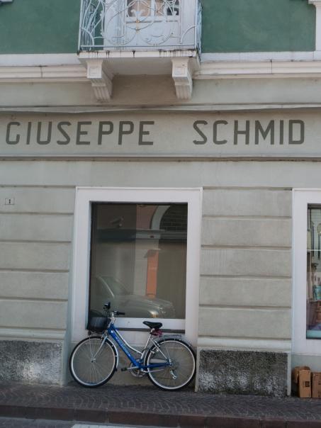 Shop sign in Borgo Valsugana (Trentino)