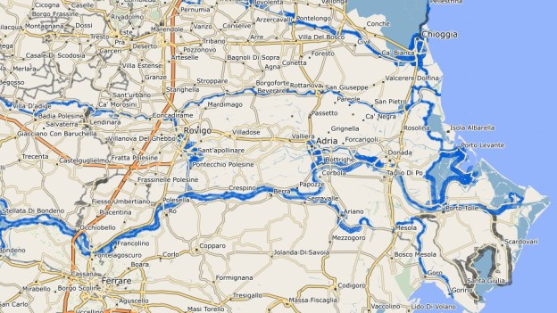 Screenshot from the velomap.org OSM maps rendered by Garmin Basecamp on a Mac. The blue shading shows national routes and the grey shows regional routes. (Not shown actual size)
