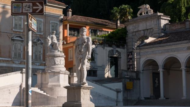 CAAR/FVG1 signs in Udine's Piazza della Libertà