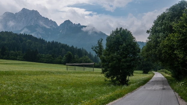 The D2 cycleway near Kranskja Gora (Slovenija)