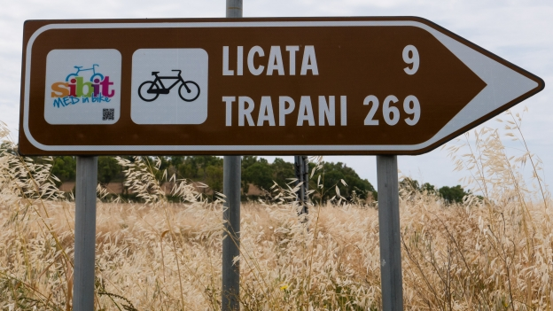 Sign on the SIBIT Trapani -Siracusa cycle route